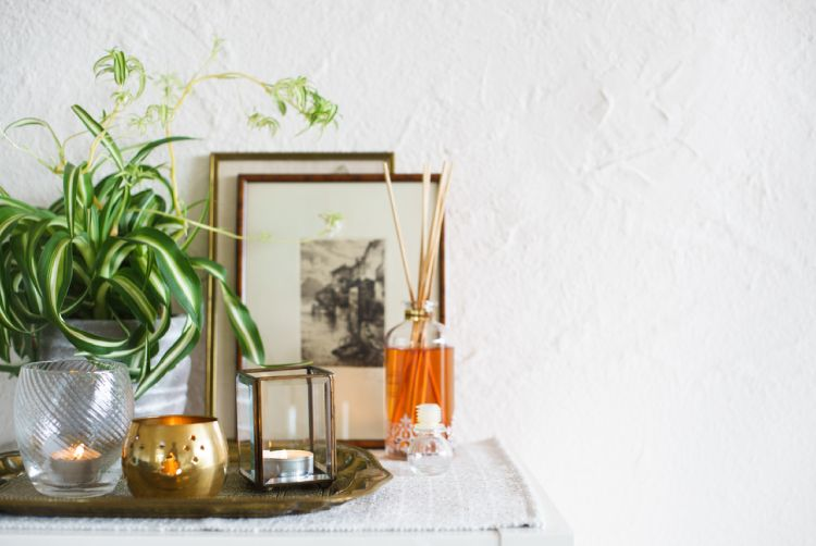 6 Easy Ways To Get A Home That Smells Like A Spa