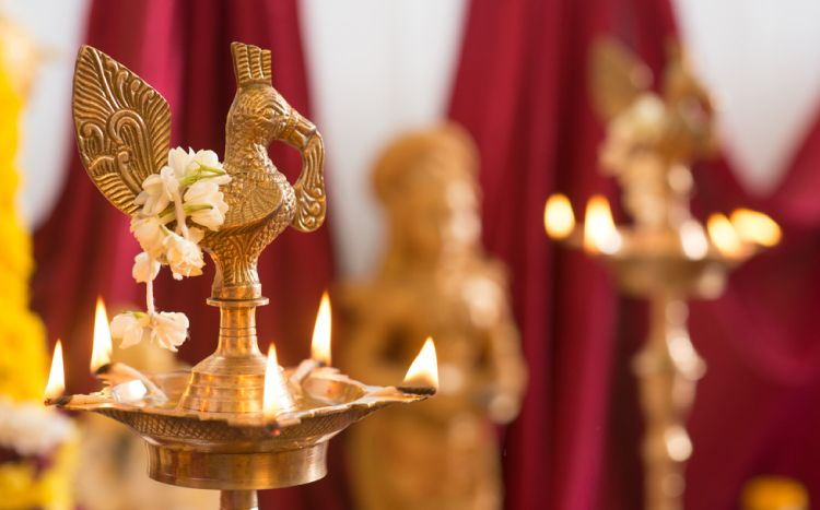 7 Simple Ways To Beautify Your Pooja Room