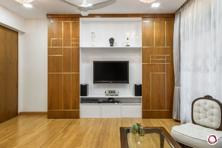 Interior home decoration_wood and gold 1