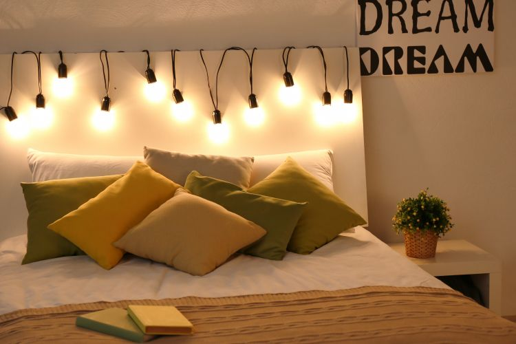Light decoration ideas_bed