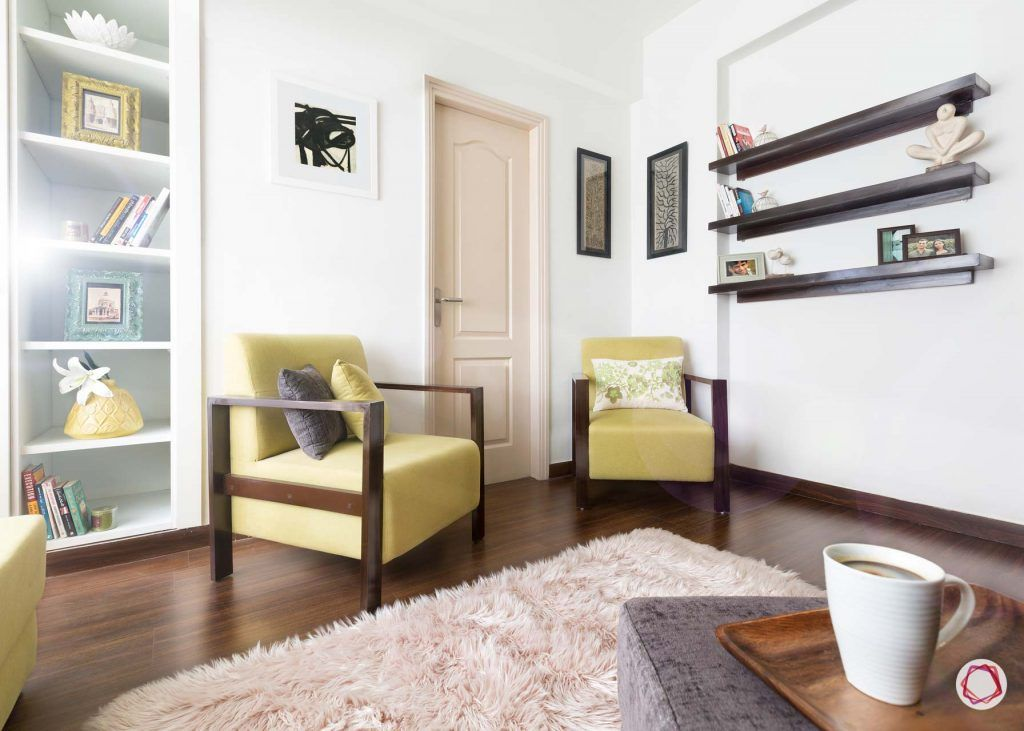 Vastu for entrance_yellow couch design