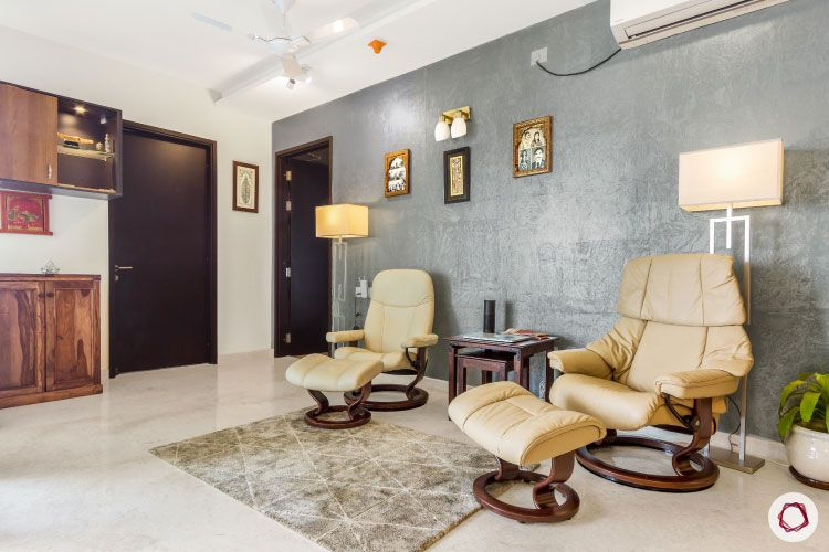 modern design_lounge chairs with ottomans