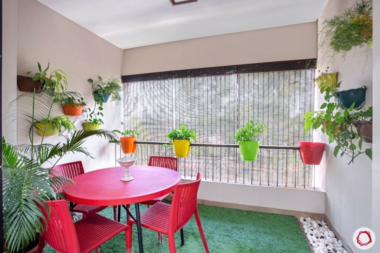 balcony design red table