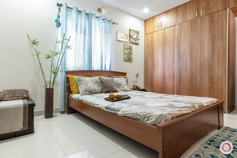 accurate-wind-chimes-master-bedroom-bed