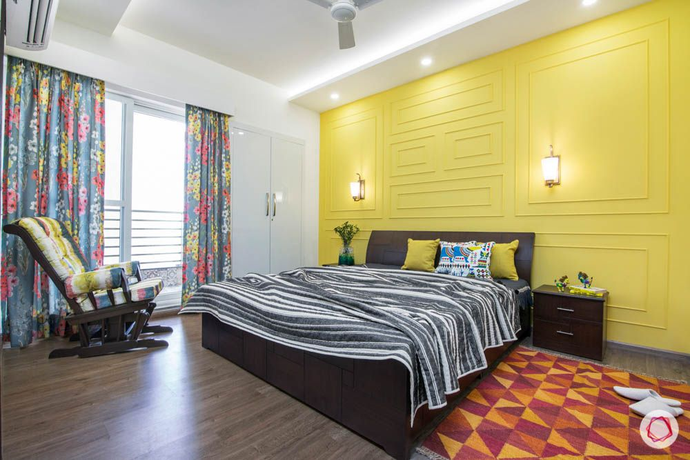 modern-house-plans-yellow-wall-accent-wall